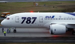 Photo by http://www.theepochtimes.com/n2/business/boeing-delivers-first-787-dreamliner-to-ana-62117.html