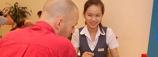 Photo by http://laodong.com.vn/cong-nghe/mobifone-ra-mat-goi-cuoc-du-lich-173112.bld