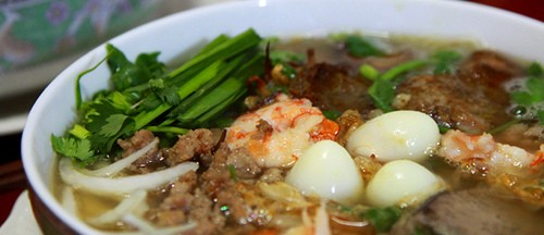 Photo by http://vietnamfoodtour.com/