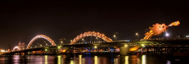 Image by http://todanang.com/attraction-dragon-bridge-every-night/