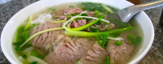 Image by http://www.dallasobserver.com/restaurants/searching-for-the-secrets-of-pho-in-hanoi-plus-pictures-of-the-food-and-people-of-vietnam-7035705