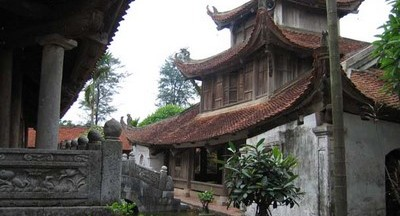 Image by http://www.fareastour.com.vn/attractions/Pagodas_Temples_Towers_Churches_Tombs/But_Thap_Pagoda.htm